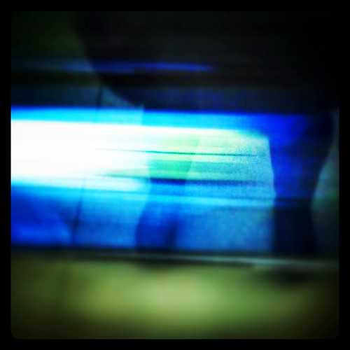 Follow the movement #montreal #mtl #514 #stm #metro #dynamism #speed #picture of the day #snapseed