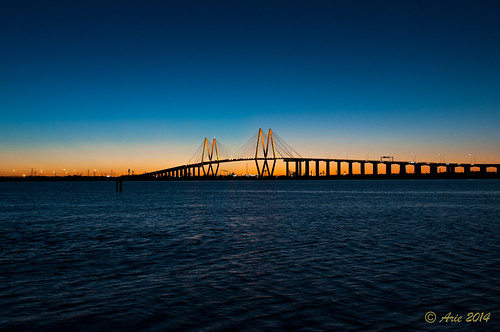 nightphotography sunset beach water nikon texas unitedstates baytown houston barges shipchannel laporte fredhartman d90 fredhartmanbridge oilrefinary shipchannelbridge baytownwaterfrontdistrict