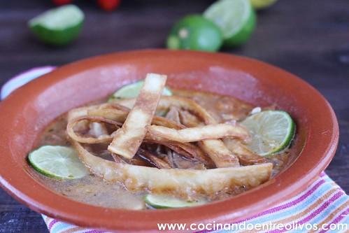 Sopa yucateca de lima www.cocinandoentreolivos (2)