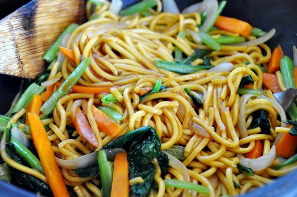 Grilled Thai Red Curry Beef and Noodles Stir Fry | www.fussfreecooking.com