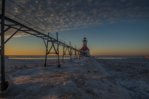 lighthouse benton harbor michigan.