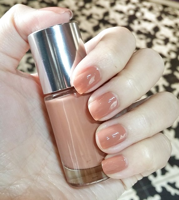 clinique-nail-polish