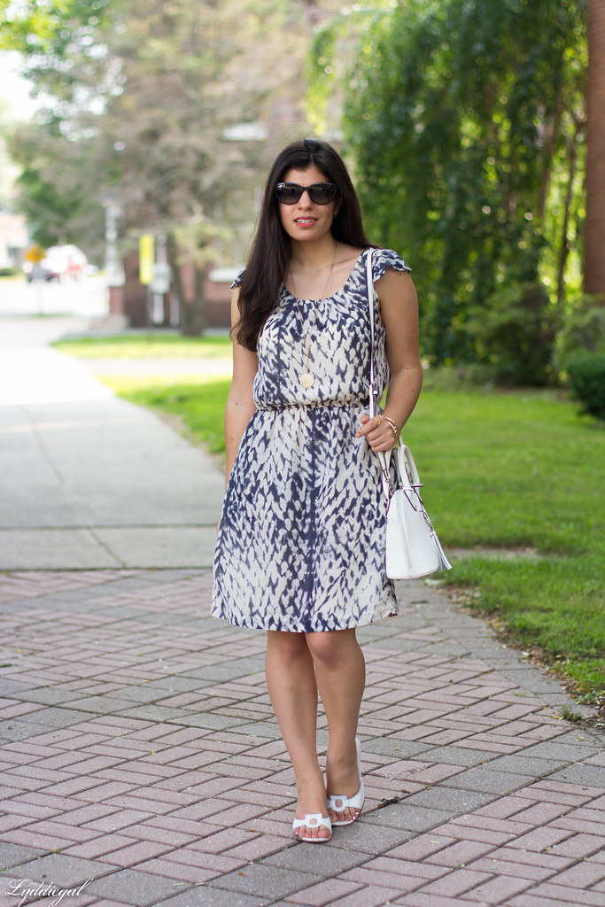 snake print dress, white bag, white sandals.jpg