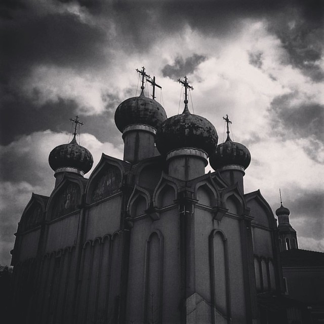 #japan #travel #traveling #travelgram #niigata #russia #blackandwhite #sky #skyandclouds #abandoned #abandonedplaces #abandondedplaces #ruins #urbex #urbex_japan #urbexphotography #urbex_tv #igersjp #ig_japan #instagram #haikyo #廃墟 #decay