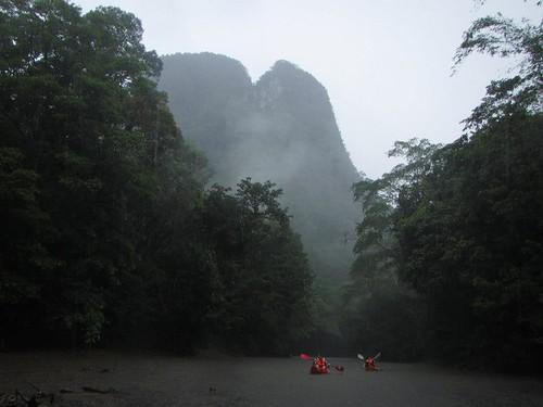 Sarawak Borneo semadang kayaking