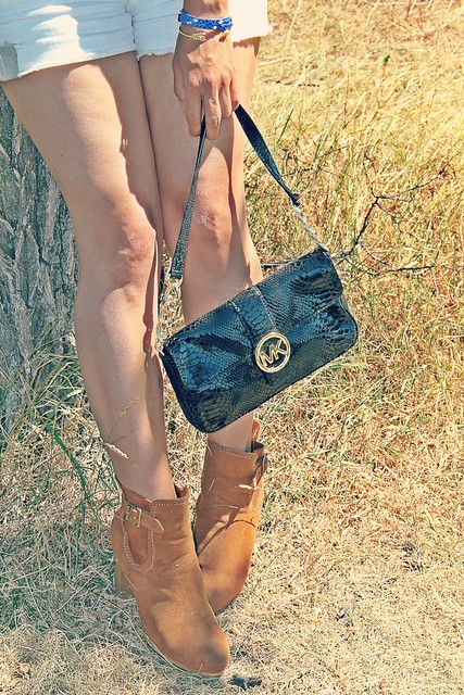 michael kors clutch and glossyboxstyle Ankle Boots I StylebyCharlotte.com