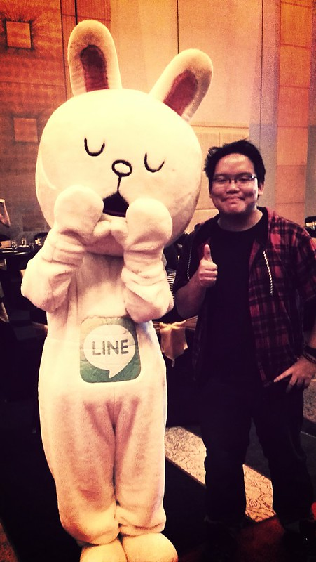 with LINE mascot Cony at the Golden Wau awards press conference