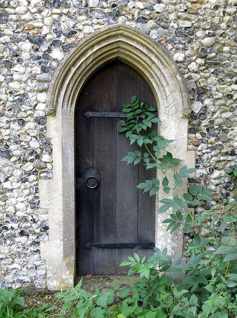 The priest 39 s door mid 13th c the church of st mary pu for 13th door