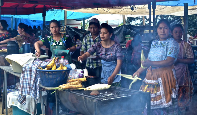10619592124 8cfdc67fd6 z Traditional Guatemala Food and Street Vendors
