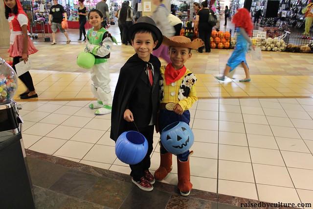 Halloween Buena Park Downtown