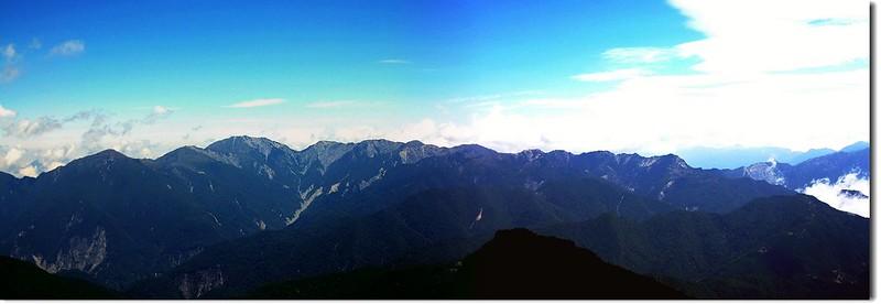 南三段群峰(From 馬利加南北望)