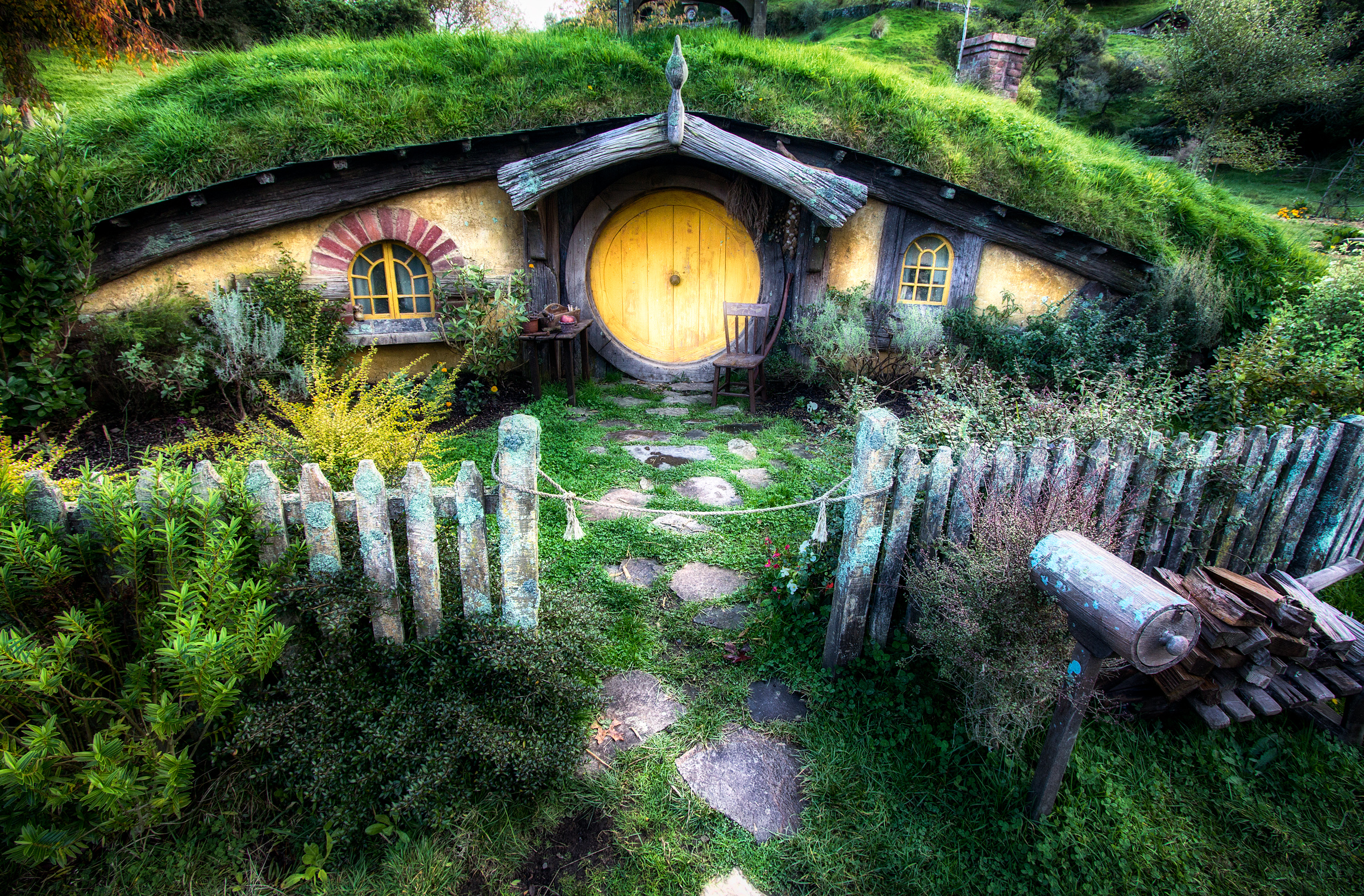 hobbit house from lord of the rings by michael matti