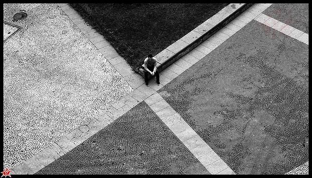 O X marca o local...