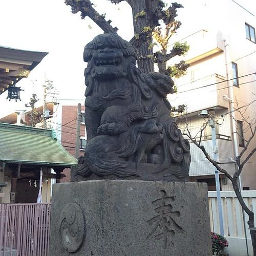 狛犬探訪 堀之内三輪神社 阿吽とも子連れ