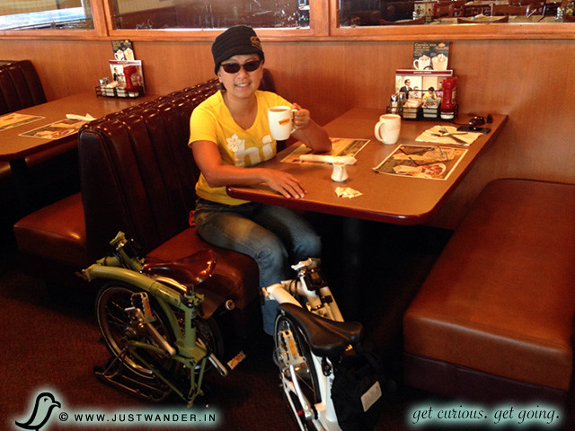 Brompton Folding Bike ride to Denny's San Diego California