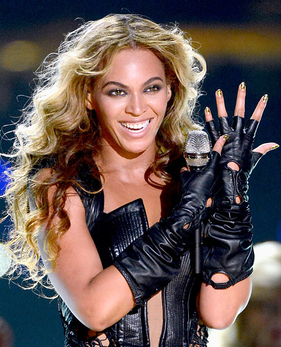 beyonce_nail_wraps_Superbowl