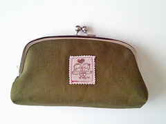 Sock Monkey Hugz Frame Pouch(Olive x Purple)