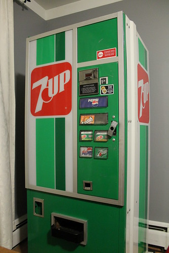 Moving a vintage 7 Up machine