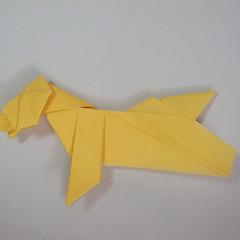 สอนวิธีพับกระดาษเป็นรูปลูกสุนัขยืนสองขา แบบของพอล ฟราสโก้ (Down Boy Dog Origami) 112