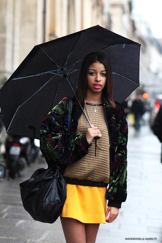 Ines, Street style