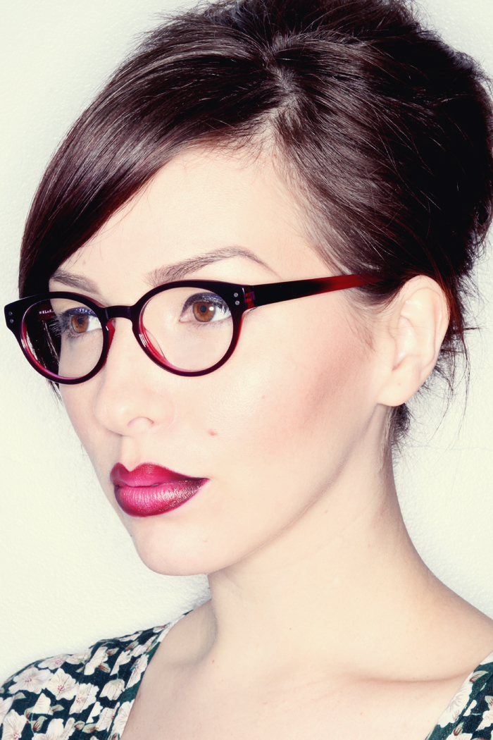 Makeup Monday Ombr 233 Glasses Ombr 233 Lips Easy Tutorial