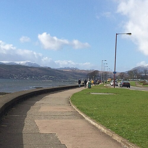 It's a lovely day in Helensburgh today but there's still snow on the hills.