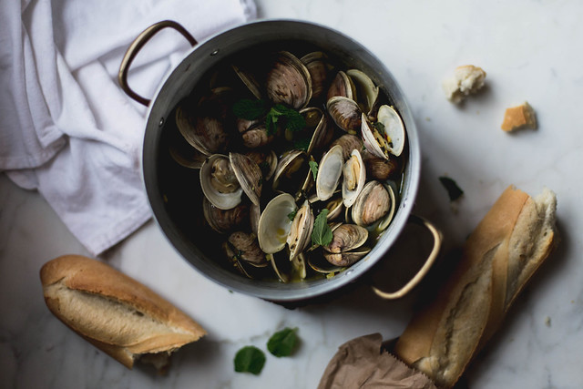 clams in saffron mint broth