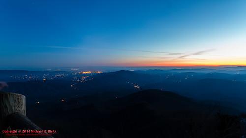 usa sunrise geotagged unitedstates hiking tennessee cosby greatsmokymountainsnationalpark gsmnp crestmont mountcammerer canon7d nashvillehikingmeetup catonsgrove geo:lat=3576357809 geo:lon=8316131800