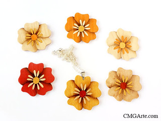Pendants. Wooden Flowers.