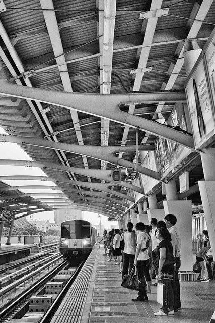 Foto_Michel - Skytrain Station