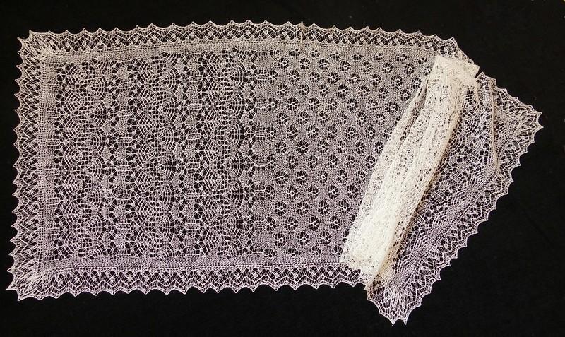 Shetland_lace_shawl_byrees