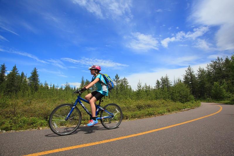 Père et fille sur la véloroute des bleuets - Jour 2 de 5
