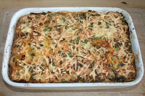 60 - Kartoffel-Zucchini-Moussaka - fertig gebacken / Potato zucchini moussaka - Finished baking