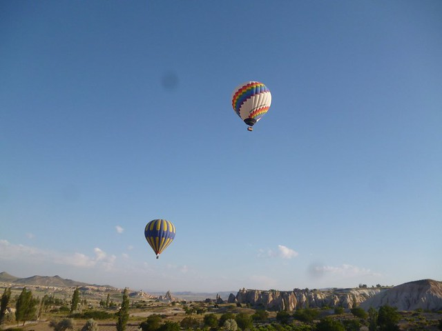 Flight of the hot air balloons-002