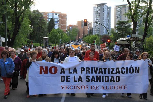 Aluche dice NO a la privatización de su Centro de Salud