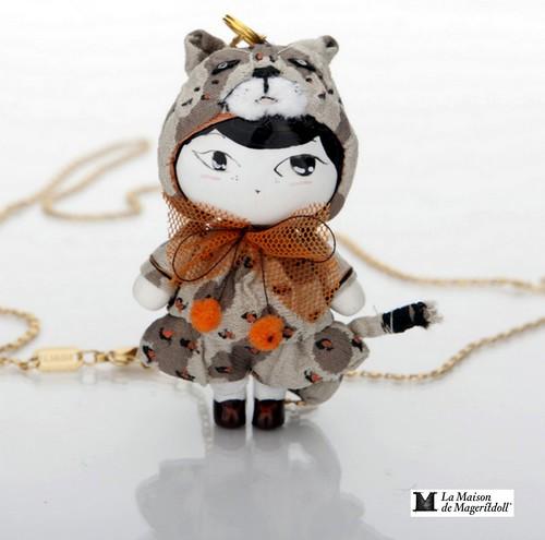 Mageritdoll Collection: Cheetah Doll. Muñeca Guepardo  (Resin Art Doll Brooch & Necklace - Muñeca artística resina) by La Maison de Mageritdoll