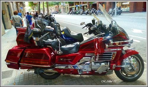 Moto by Miguel Allué Aguilar