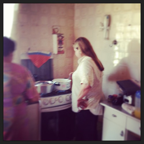 #prima @maragiudici fazendo viradinho de feijão