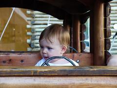 Meu filho maravilhoso dirigindo