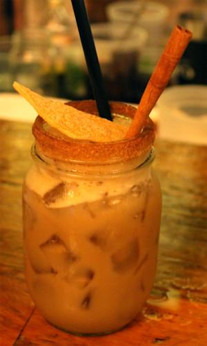 "agua de coco (""coconut water"")"