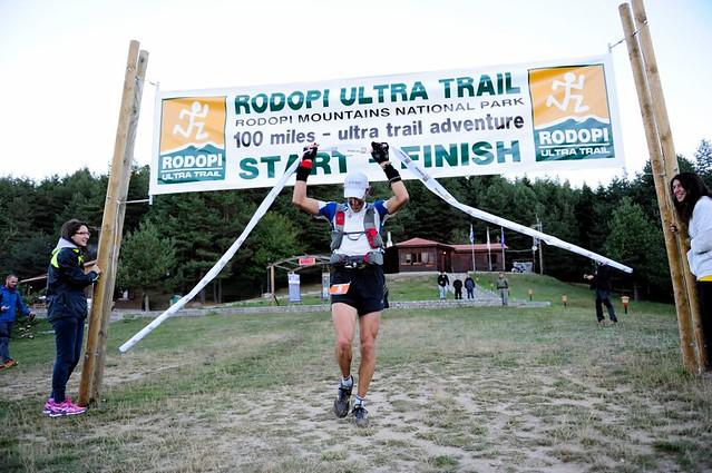 Ο Λεωνίδας Αθανασόπουλος τερματίζει νικητής στον ROUT 2012 © GOExperience