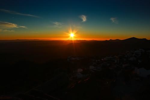 sun sol portugal sunrise castelo marvão
