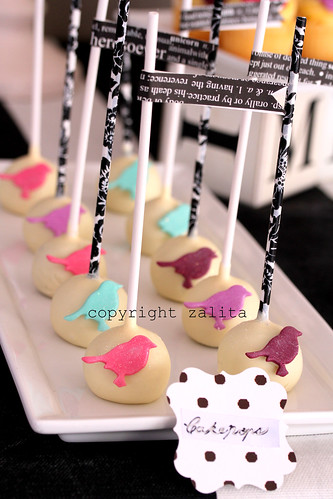 cake pops by {zalita}