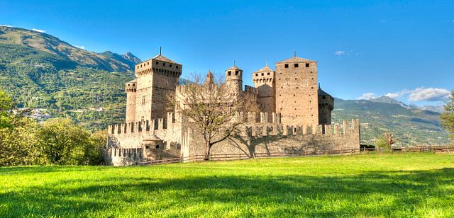 Savoy Castle