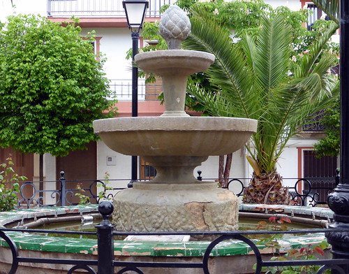 Genave Fuente en Plaza