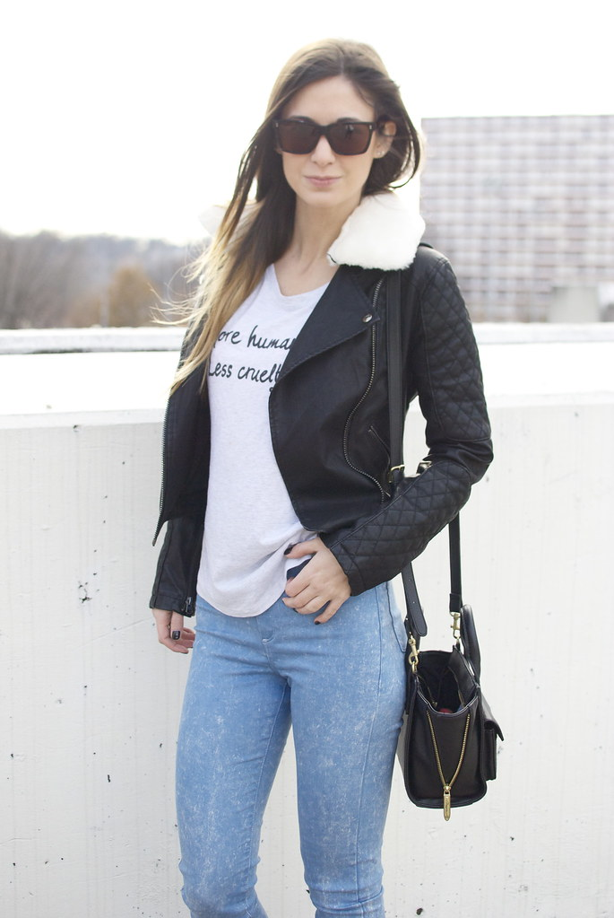 motto tee, graphic tee, fashion blog, style, tee shirt outfit, leather jacket