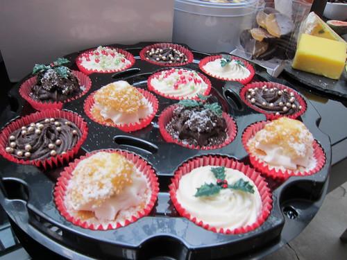 Ocado - Christmas cupcakes