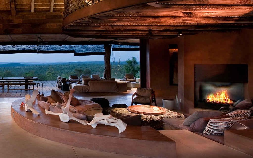Leobo - Luxury Safari Lodge With Magical Surroundings