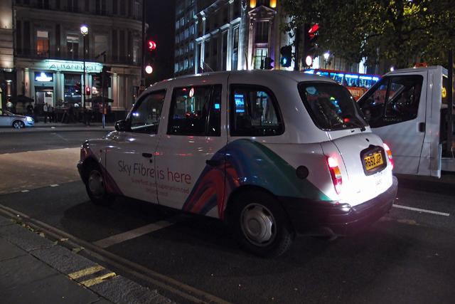 Sky Fibre - Taxi with a Logo London 2013   Trafalgar Square