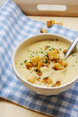 White beans and roasted cauliflower cream of soup